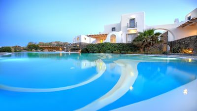 Photo for 6BR Villa Vacation Rental in Mykonos