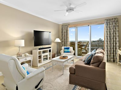 Photo for Gateway Grand 602, you will wake up to incredible, panoramic views of ocean and bay!
