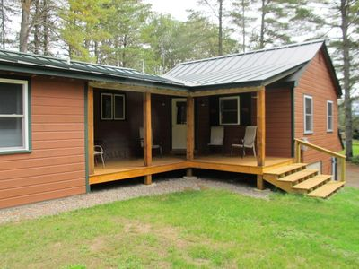 Photo for Great newly renovated cabin - close to the village of Oquossoc