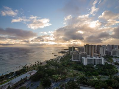Photo for 37th High Floor w/ Panchromatic Ocean Views! Book Now at Special Rate!