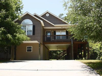 Photo for Island Delight: 3 BR / 2 BA home in Oak Island, Sleeps 6