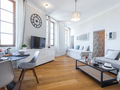 Photo for Gorgeous ! 4/6 persons with gardens view in the Old Town