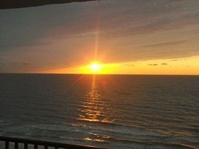 Photo for Weekly Direct Beachfront Views Lg End Unit 2 bed 2 bath sleeps 6
