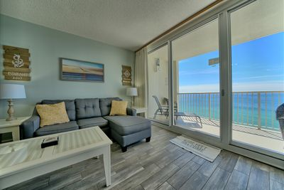 Gulf view and patio access from family room