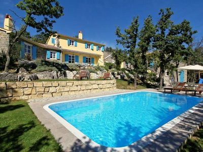 Photo for Large villa with private pool, 4 bedrooms, 5 bathrooms, washing machine, air conditioning, wireless internet, table tennis, billiards on a large plot