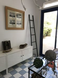 Photo for Large modern villa, comfortable and bright 200 m from the beach 6 pers.
