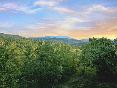 Photo for Near Pigeon Forge, Secluded, FREE Area Attraction Tickets.