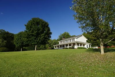 Willow Pond IS the CLOSET & Convenient to interstate vacation home in Nashville!