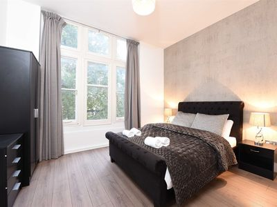 Photo for Knightsbridge Apartment