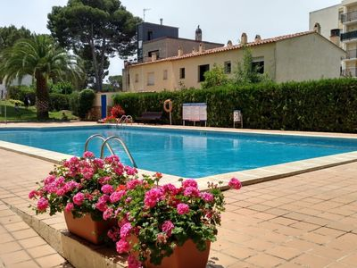 Photo for Magda Apartment, for 5pax, COMMUNAL SWIMMING POOL, GARDEN, TERRACE, 2 BED