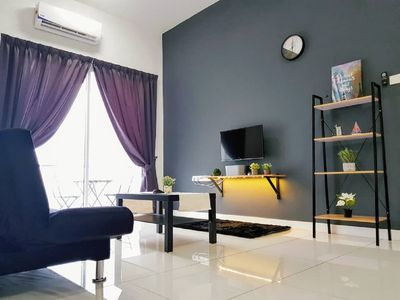 Photo for 10 Pax Puchong IOI Cozy Apartment Skypod