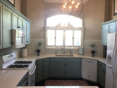 newly remolded kitchen fully appointed