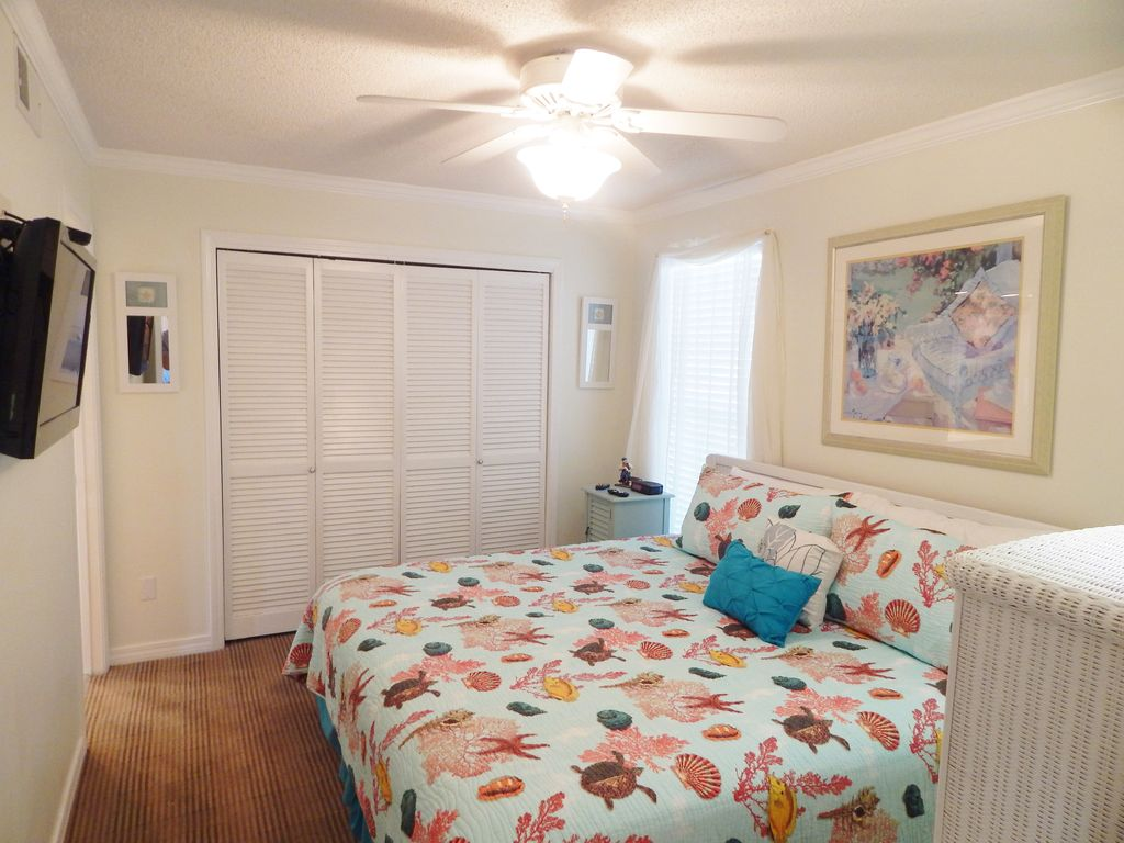 1 Bedroom On The Golf Course Short Stroll To Our Private Beach Destin Florida Panhandle