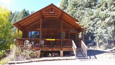 Photo for Perfect for families! Wifi, fireplace, full kitchen.