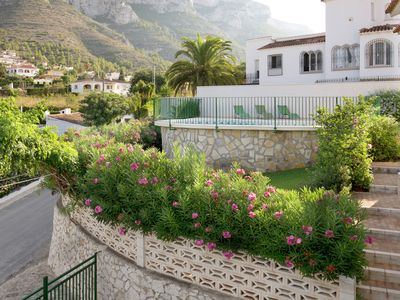 Photo for Beautiful villa with panoramic swimming pool at the foot of the Montgó mountains