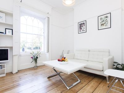 Photo for Canonbury Square - luxury 1 bedrooms serviced apartment - Travel Keys