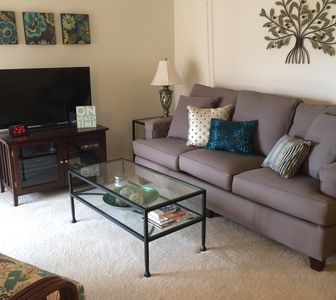 Photo for New Listing - intro pricing! Updated 2 bed, 2 bath condo in beautiful Naples!