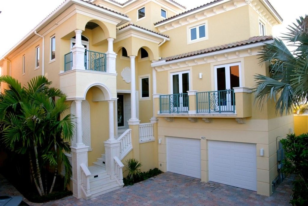 New Luxury Oceanfront Beach Mansion Walk To Shops Bars