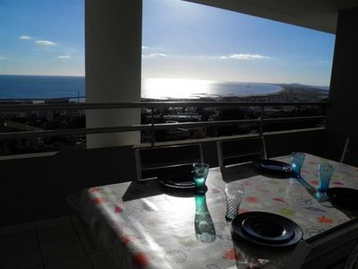 Photo for Apartment Sète, 2 bedrooms, 4 persons