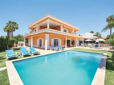 Photo for Villa w/pool, a short drive from amenities, golf & the beach