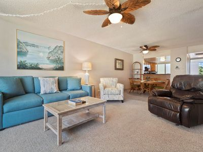 Photo for Gorgeous Tropical Getaway on Oceanfront Condo Complex