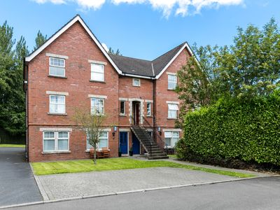Photo for Titanic view luxury apartment Belfast in the leafy castle view area of Belfast