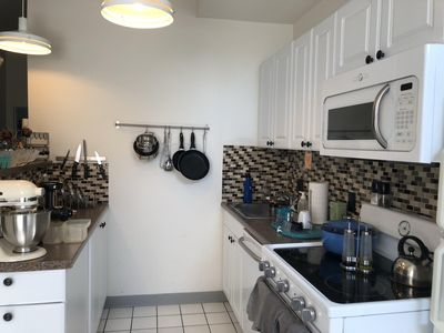 Photo for Extended Stay, Furnished 2 Bed (Center City/Washington Sq West)