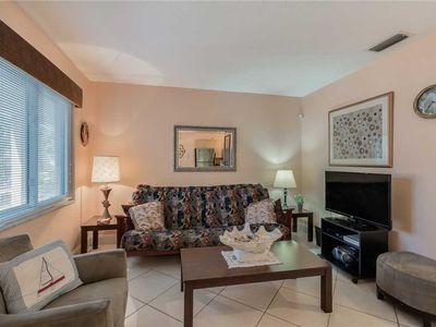 Photo for Parkside 5, 2 Bedrooms, Walk to Beach, Pool Access, WiFi, Sleeps 4