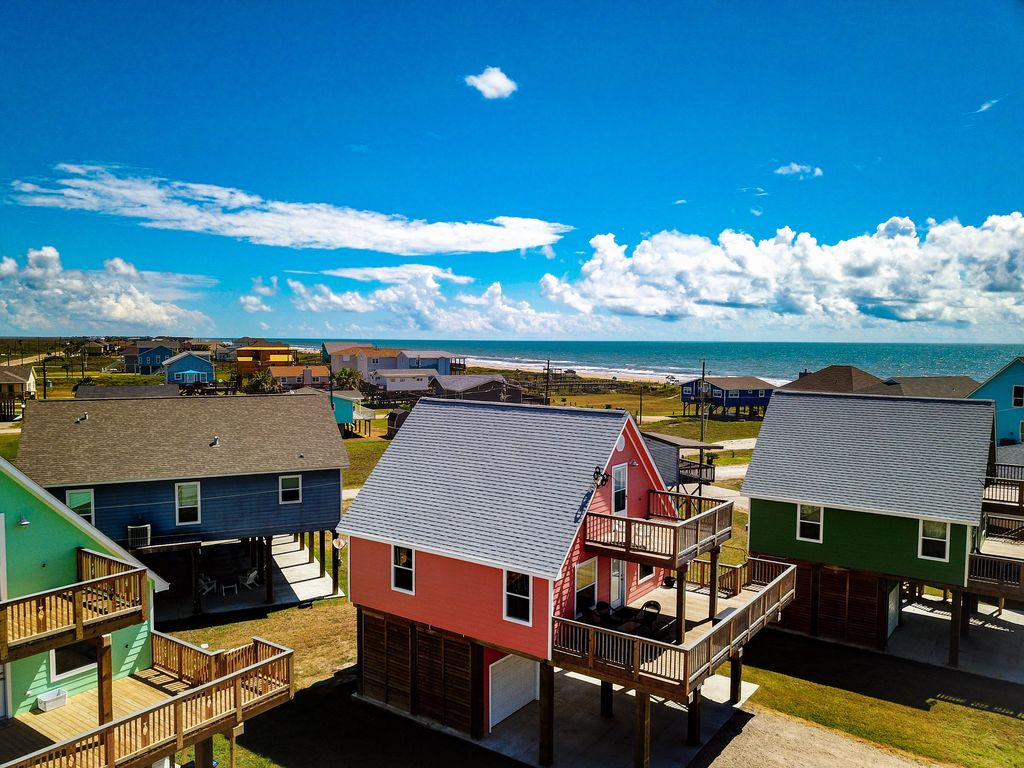 Beautiful Beach House W Views Of Ocean Great For Business Trips