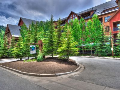Photo for 2br/3ba+Murphy at The Springs~Best Pool!~Kids ski free