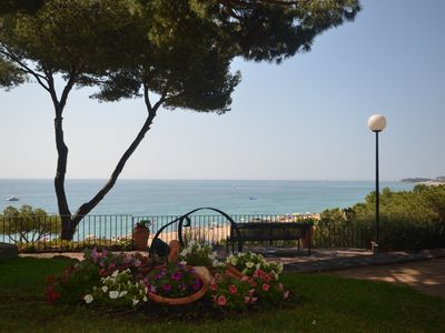 Photo for ON THE BEACH, WITH TERRACE, GARDEN AND PARKING