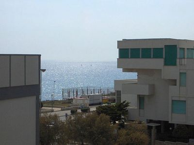 Photo for Three bedroom apartment with two bedrooms at about 500 m from the beach