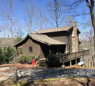 Photo for GREAT LOCATION! Minutes from DT Blue Ridge. 3BR/2BA, Sleeps 8.