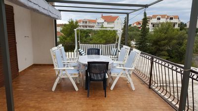 Photo for Two bedroom apartment with terrace and sea view Jezera, Murter (A-5120-a)