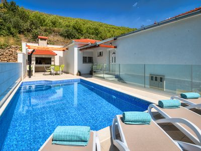 Photo for House Loris - private pool and privacy