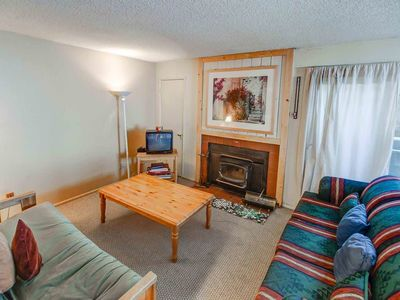 Photo for Cozy studio style condo w/ indoor hot tub, walking distance to the Village