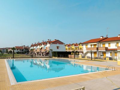 Photo for 3 bedroom Apartment, sleeps 8 in Caleri with Air Con and WiFi