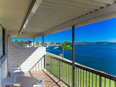 Photo for Family holiday right on the edge of the Clarence River!