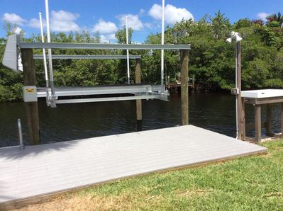 New boat lift bring your boat and catch lots of fish also have a boat ramp