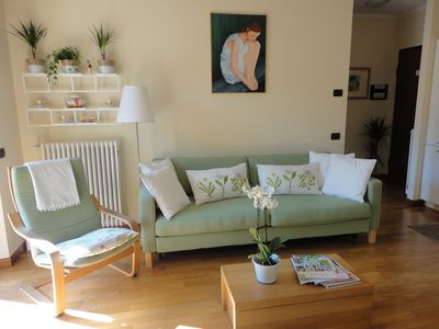 Photo for Stylish cosy apartment in charming Lenno 2 minutes to Lake, free wifi & parking