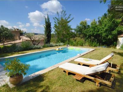 Photo for House 8-10 p. with pool in the countryside thus close to the city center of Aix
