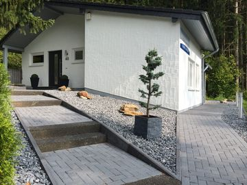 Exclusive country house with fireplace on the reservoir Bitburg for 4 persons
