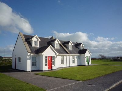 Photo for 3 bedroom accommodation in Ballybunnion
