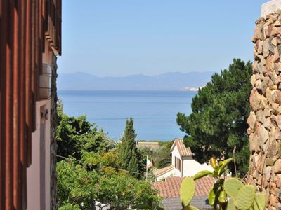 Photo for In beautiful villa Elegant apartment overlooking the gulf 400 meters from the sea