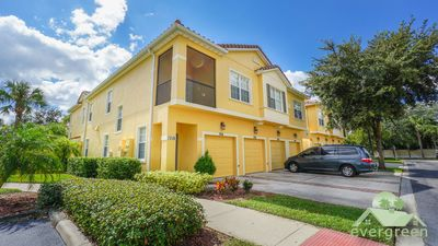 Photo for Beautiful 3 bedroom ground floor condo in the closest resort to Disney!
