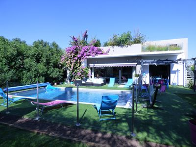 Photo for MAGNIFICENT CONTEMPORARY VILLA 5 * 250M2, SWIMMING POOL, 6 BEDROOMS, 14 PERS, 2MN BEACH