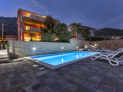 Photo for Apartments Villa Dina - Ribarica, Karlobag, Croatia
