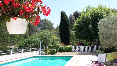 Photo for Aix en Provence 5 km, Provençal property with pool