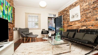 Photo for 2BR House Vacation Rental in DARLINGHURST, NSW