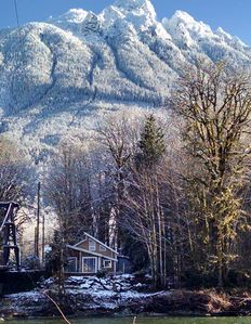 Photo for Cozy cabin on the river near Stevens Pass. Pet friendly with lots of amenities